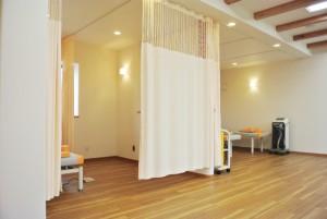 個室風の施術ルーム